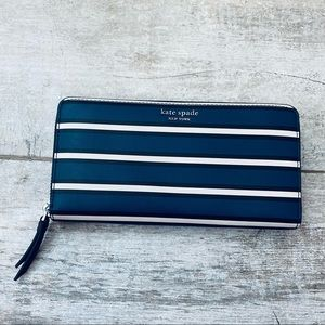 Kate Spade BLUE STRIPED Large continental wallet